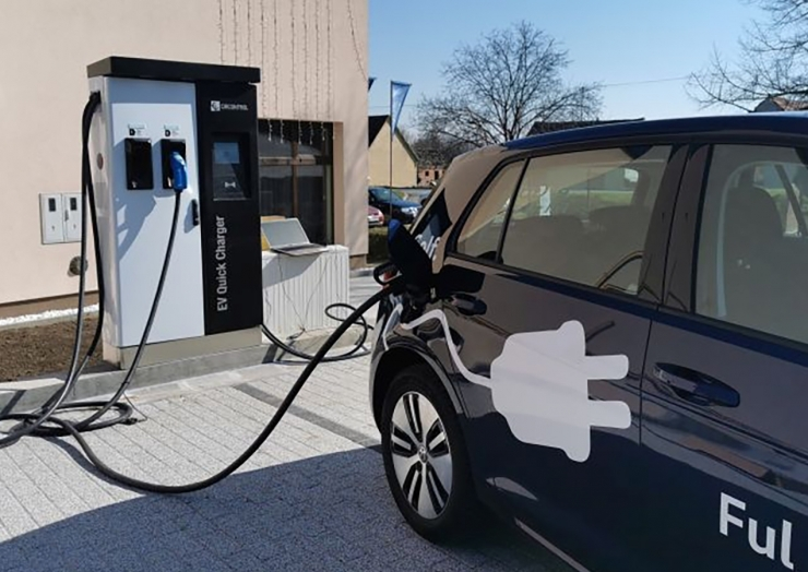 Punionica za električna vozila u Semeljcima