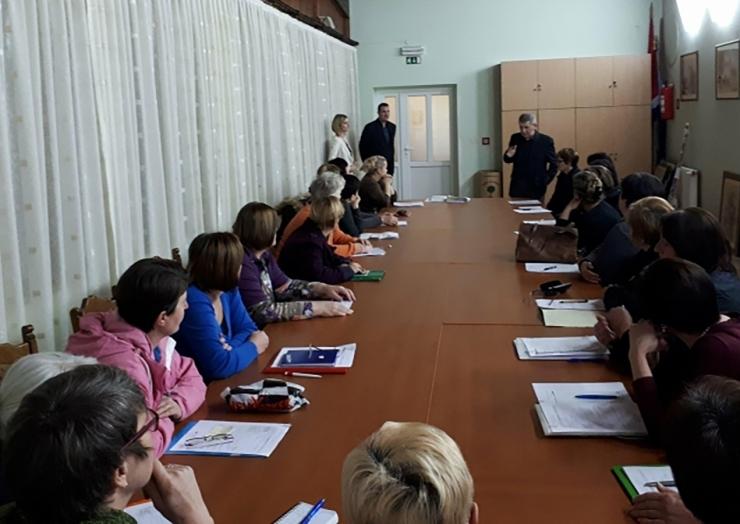 "25 žena započelo s radom – ""Pomozi i razveseli"""